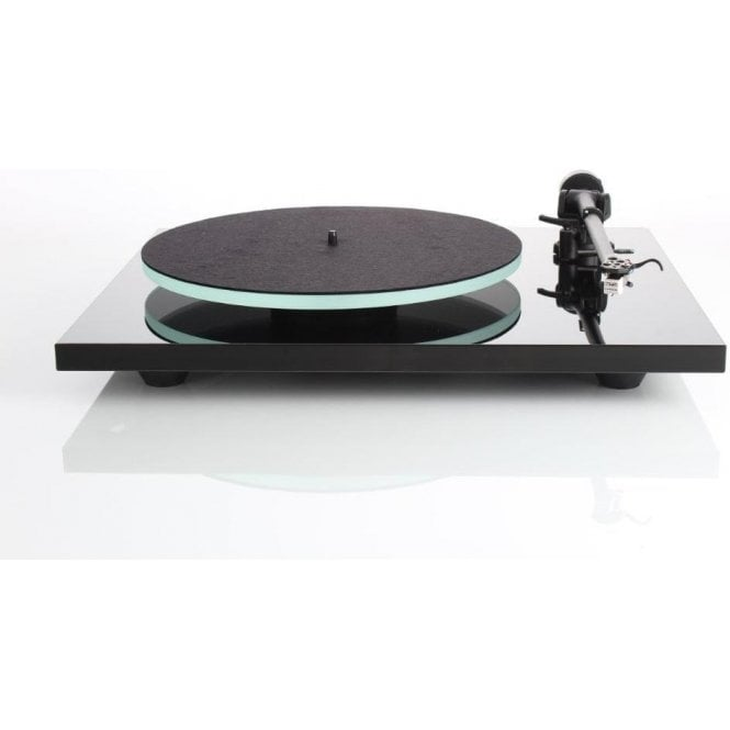 Rega Planar 2 Turntable Package with Active Bluetooth Speakers